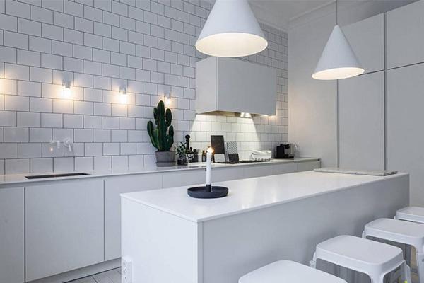厨房顶灯尺