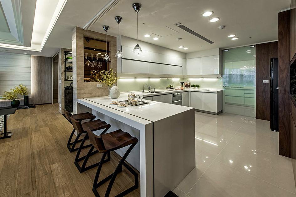 开放式厨房吧台
