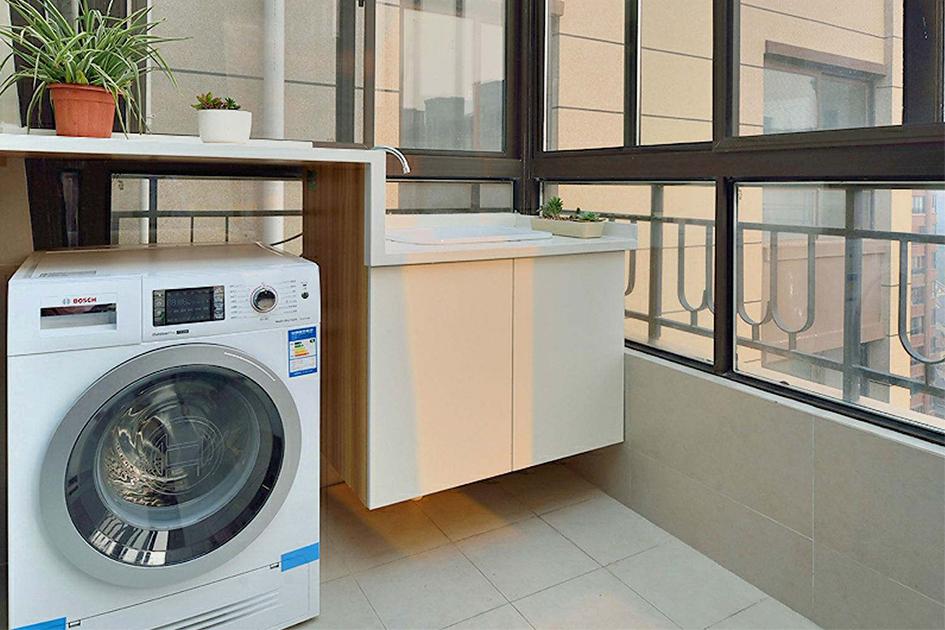 阳台安装洗衣机效果图