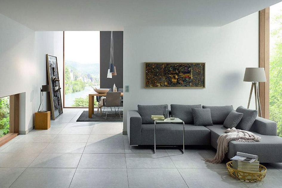 客厅铺瓷砖