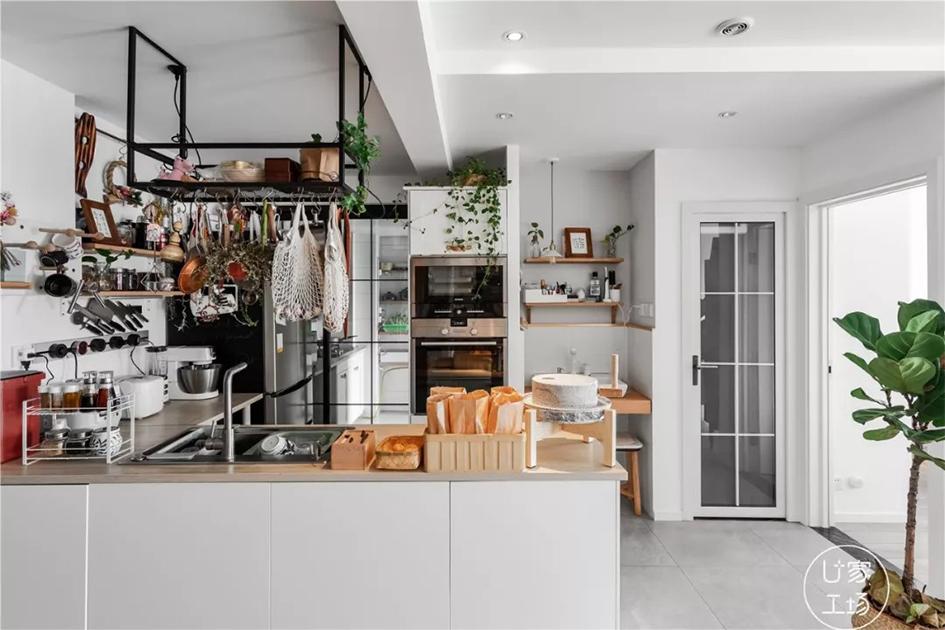 厨房装修收纳效果图