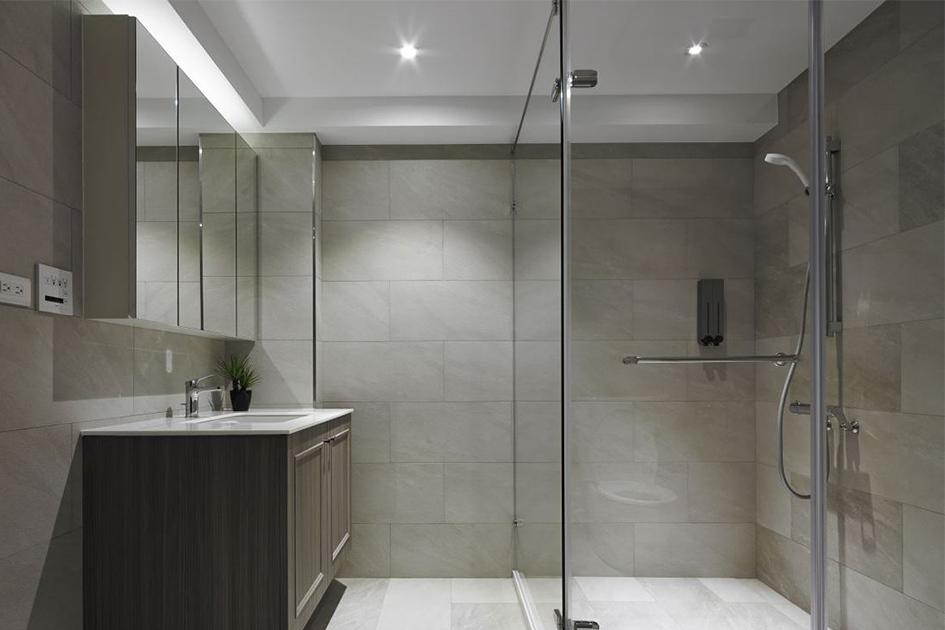 淋浴房隐患