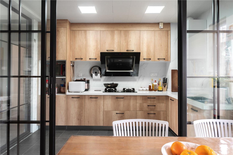 半开放式厨房如何装修