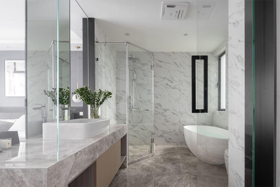 浴室玻璃门清洁小技巧