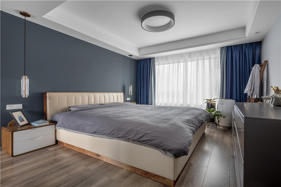 卧室地板颜色
