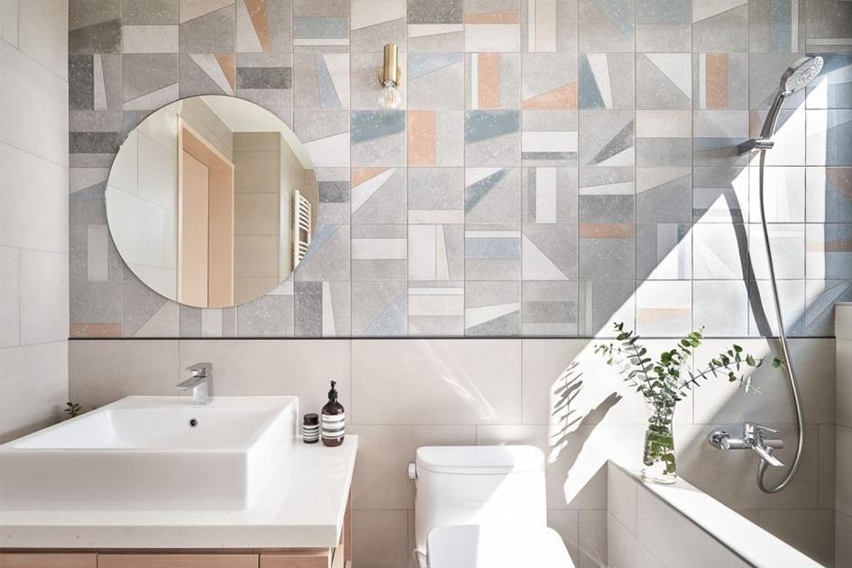 卫生间墙砖铺贴