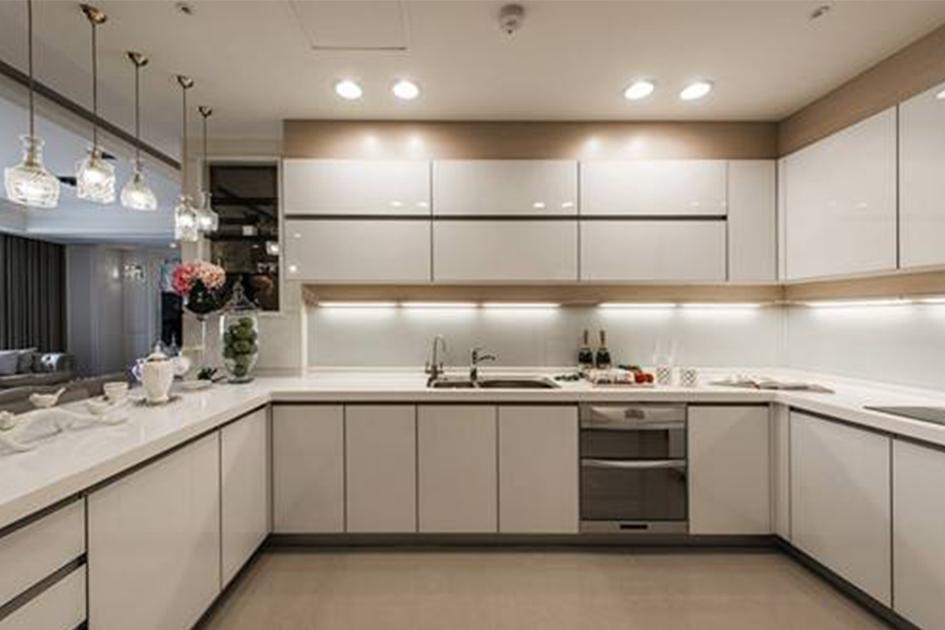 厨房用什么瓷砖好