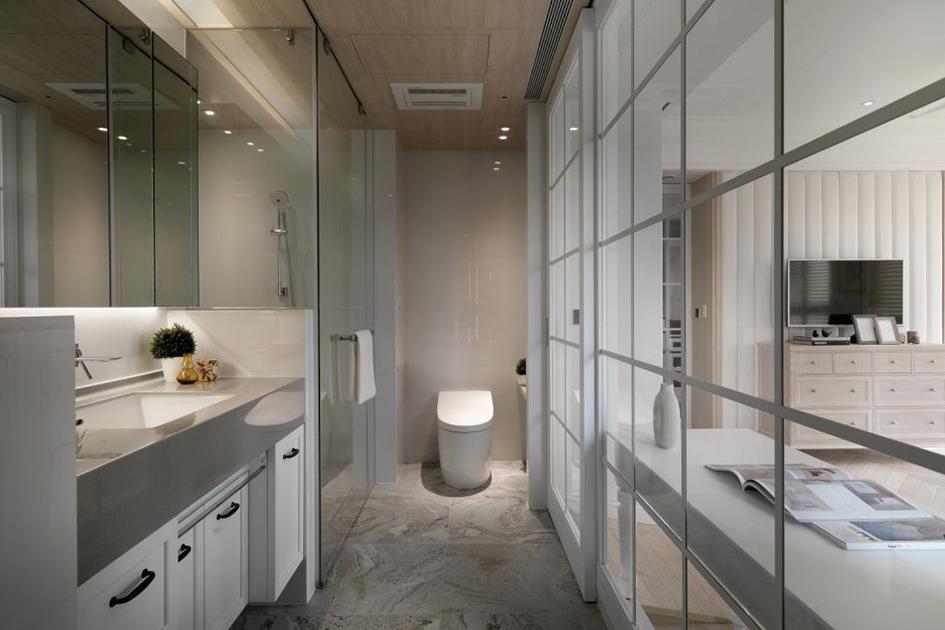 如何清洗浴室玻璃门