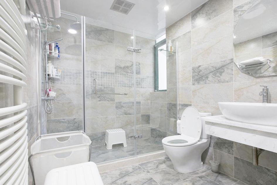 卫生间墙面铺什么瓷砖