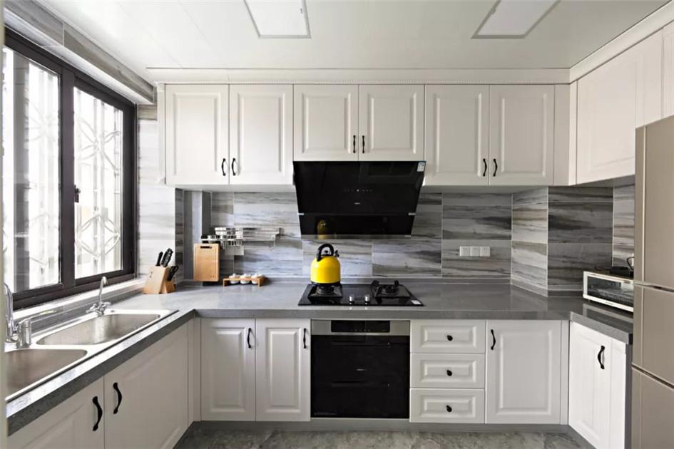 厨房墙面装修